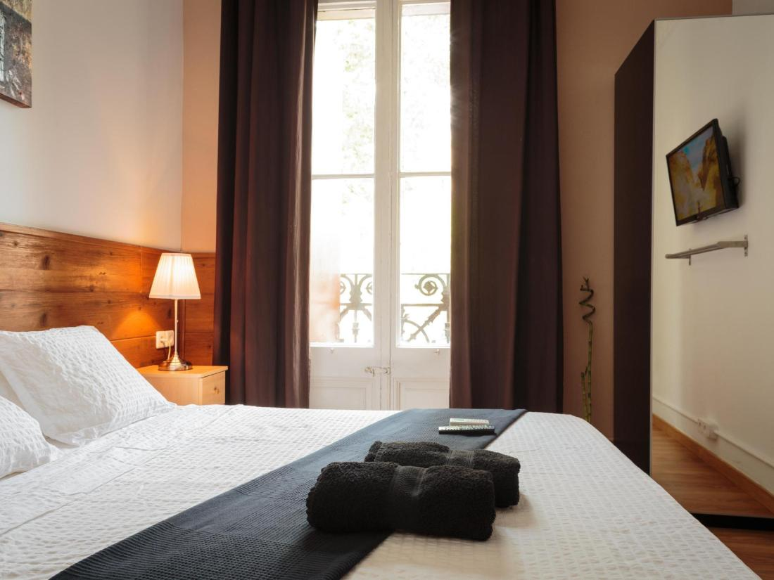 Microtel Bauhaus Gran Via Barcelona Spania - Hotelltilbud i siste ...