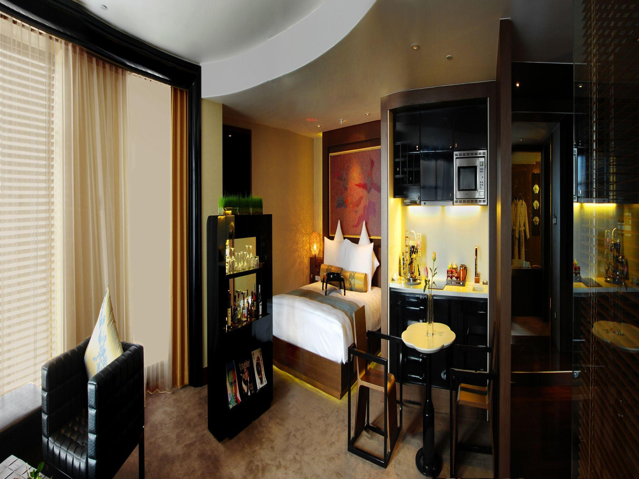 PUDI Boutique Hotel Fuxing Park Shanghai Xintiandi - Shanghai ...