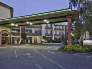 /ar-ae/comfort-inn-suites-rocklin/hotel/rocklin-ca-us.html?asq=jGXBHFvRg5Z51Emf%2fbXG4w%3d%3d