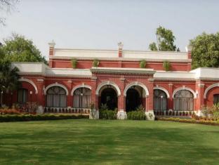 Hotel Allahabad Regency