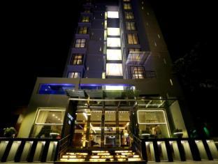 /ar-ae/comfort-inn-dhaka/hotel/dhaka-bd.html?asq=jGXBHFvRg5Z51Emf%2fbXG4w%3d%3d