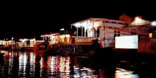/ar-ae/houseboat-switzerland/hotel/srinagar-in.html?asq=jGXBHFvRg5Z51Emf%2fbXG4w%3d%3d
