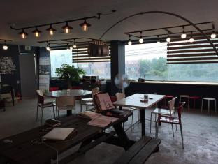 /ar-ae/suwon-guesthouse-2nd-oppane/hotel/suwon-si-kr.html?asq=jGXBHFvRg5Z51Emf%2fbXG4w%3d%3d