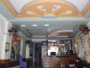 /ca-es/cat-ba-langur-hostel/hotel/cat-ba-island-vn.html?asq=jGXBHFvRg5Z51Emf%2fbXG4w%3d%3d