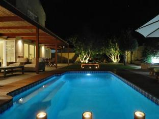 /cs-cz/bamboo-guest-house/hotel/hermanus-za.html?asq=jGXBHFvRg5Z51Emf%2fbXG4w%3d%3d