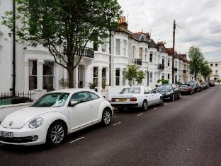 Veeve  5 Bed House On Winchendon Road Fulham