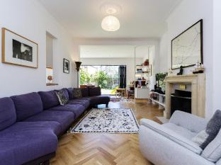 Veeve  5 Bed House On Chelmsford Square Kensal Rise
