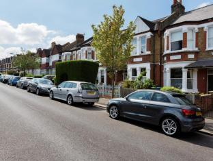 Veeve  5 Bed House Beauval Road Dulwich