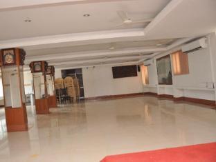 /ar-ae/hotel-akshaya/hotel/chidambaram-in.html?asq=jGXBHFvRg5Z51Emf%2fbXG4w%3d%3d