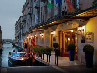 /pt-br/baglioni-hotel-luna-the-leading-hotels-of-the-world/hotel/venice-it.html?asq=jGXBHFvRg5Z51Emf%2fbXG4w%3d%3d