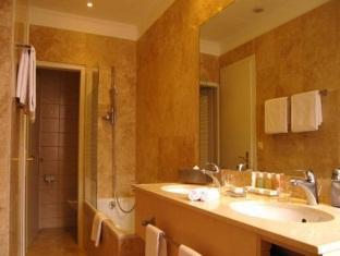 /hi-in/hotel-eden-palace-au-lac/hotel/montreux-ch.html?asq=jGXBHFvRg5Z51Emf%2fbXG4w%3d%3d