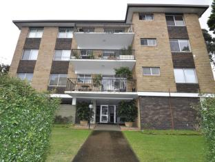 Cremorne Furnished Apartments 4 Rangers Road