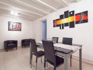 Centro Passatge Rellotge 3 Bedroom Apartment