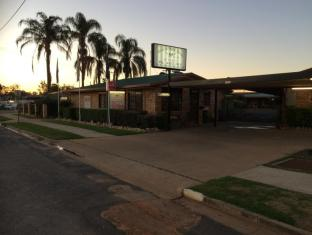 /ar-ae/miles-outback-motel/hotel/miles-au.html?asq=jGXBHFvRg5Z51Emf%2fbXG4w%3d%3d