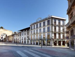 /et-ee/hotel-triunfo-granada/hotel/granada-es.html?asq=jGXBHFvRg5Z51Emf%2fbXG4w%3d%3d