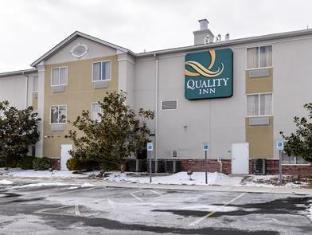 /de-de/quality-inn-spring-mills-martinsburg-north-falling-waters/hotel/falling-waters-wv-us.html?asq=jGXBHFvRg5Z51Emf%2fbXG4w%3d%3d