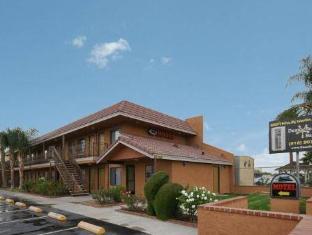 /bg-bg/santa-clarita-motel/hotel/newhall-ca-us.html?asq=jGXBHFvRg5Z51Emf%2fbXG4w%3d%3d