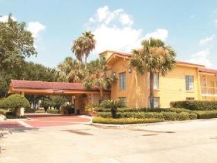 /ca-es/motel-6-baytown-west-garth-road/hotel/baytown-tx-us.html?asq=jGXBHFvRg5Z51Emf%2fbXG4w%3d%3d