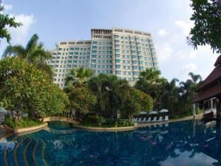 /ro-ro/rama-gardens-hotel/hotel/bangkok-th.html?asq=jGXBHFvRg5Z51Emf%2fbXG4w%3d%3d