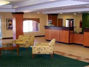 /ca-es/fairfield-inn-suites-roanoke-north/hotel/roanoke-va-us.html?asq=jGXBHFvRg5Z51Emf%2fbXG4w%3d%3d