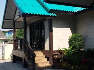 Ao Thai Bangsare Resort 1