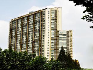 /nl-nl/kingtown-hotel-hongqiao-shanghai/hotel/shanghai-cn.html?asq=jGXBHFvRg5Z51Emf%2fbXG4w%3d%3d