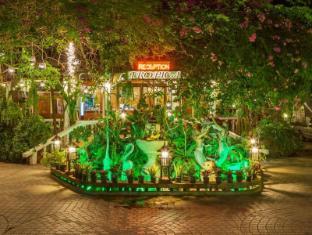 トロピカ バンガロー ホテル