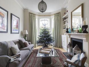 Wembley - Mostyn Gardens Apartment  - onefinestay