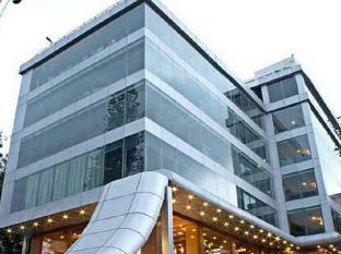 /da-dk/the-shelton-grand-hotel/hotel/bangalore-in.html?asq=jGXBHFvRg5Z51Emf%2fbXG4w%3d%3d