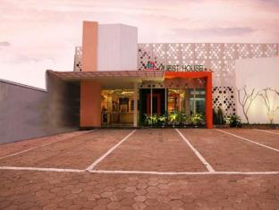 Bintang Tiga Guest House