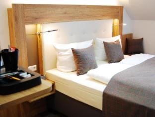 /zh-hk/hotel-am-martinsberg/hotel/andernach-de.html?asq=jGXBHFvRg5Z51Emf%2fbXG4w%3d%3d
