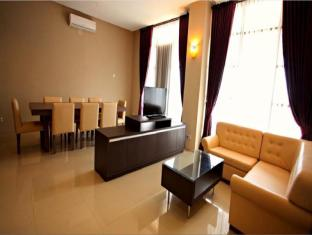 /de-de/kyriad-sadurengas-hotel/hotel/tana-paser-id.html?asq=jGXBHFvRg5Z51Emf%2fbXG4w%3d%3d