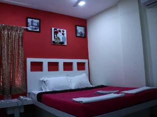 Colors Apart Hotel - Santhome