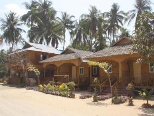 /vi-vn/soe-ko-ko-beach-house-restaurant/hotel/ngwesaung-beach-mm.html?asq=jGXBHFvRg5Z51Emf%2fbXG4w%3d%3d
