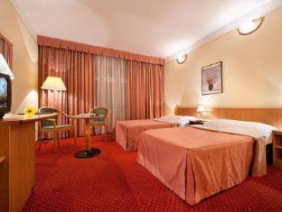 /hu-hu/hotel-aron/hotel/prague-cz.html?asq=jGXBHFvRg5Z51Emf%2fbXG4w%3d%3d