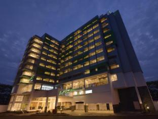 /bg-bg/whiz-prime-hotel-megamas-manado/hotel/manado-id.html?asq=jGXBHFvRg5Z51Emf%2fbXG4w%3d%3d