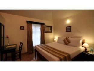 Vista Rooms Near Nerul River