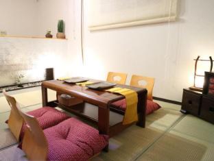 Sennichimae Building Apartment