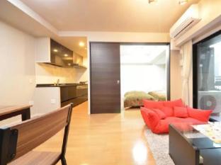 Luxury Room 5 Beds SG Umeda 2