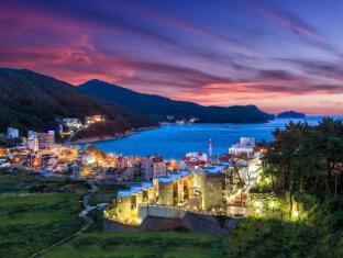 /ar-ae/sea-and-sky-resort-pension/hotel/geoje-si-kr.html?asq=jGXBHFvRg5Z51Emf%2fbXG4w%3d%3d