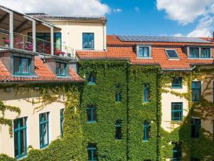 Mikon Eastgate Hotel