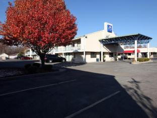 /ar-ae/americas-best-value-inn-and-suites-carbondale/hotel/carbondale-il-us.html?asq=jGXBHFvRg5Z51Emf%2fbXG4w%3d%3d