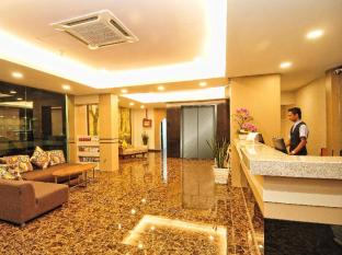 Grand CT Hotel