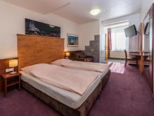 /hi-in/breslauer-hof-am-dom/hotel/cologne-de.html?asq=jGXBHFvRg5Z51Emf%2fbXG4w%3d%3d