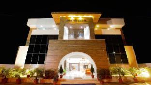/da-dk/hotel-santosh-dham/hotel/mathura-in.html?asq=jGXBHFvRg5Z51Emf%2fbXG4w%3d%3d