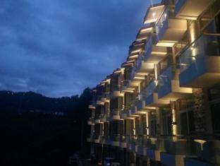 /cs-cz/woodcreek-resort-and-spa/hotel/kasauli-in.html?asq=jGXBHFvRg5Z51Emf%2fbXG4w%3d%3d