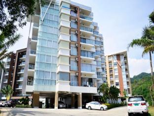 chic condominium at karon