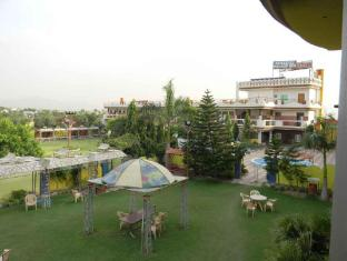 /ca-es/the-royal-paradise-resort-salt-yard/hotel/ajmer-in.html?asq=jGXBHFvRg5Z51Emf%2fbXG4w%3d%3d