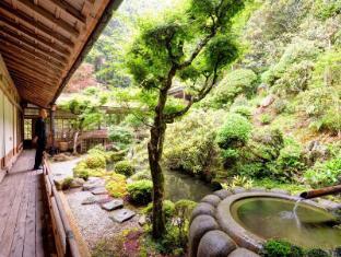 /de-de/kongo-sanmaiin/hotel/koyasan-jp.html?asq=jGXBHFvRg5Z51Emf%2fbXG4w%3d%3d