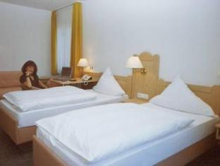 /et-ee/hotel-gasthof-zur-linde/hotel/rothenburg-ob-der-tauber-de.html?asq=jGXBHFvRg5Z51Emf%2fbXG4w%3d%3d